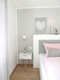 Schlafzimmer und bro in einem raum
