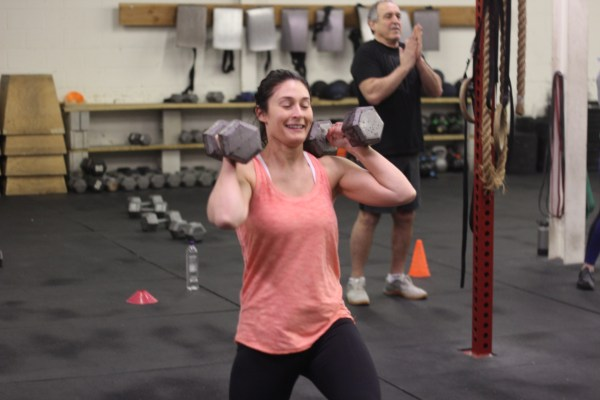 Kelly D smiling through some lunges!