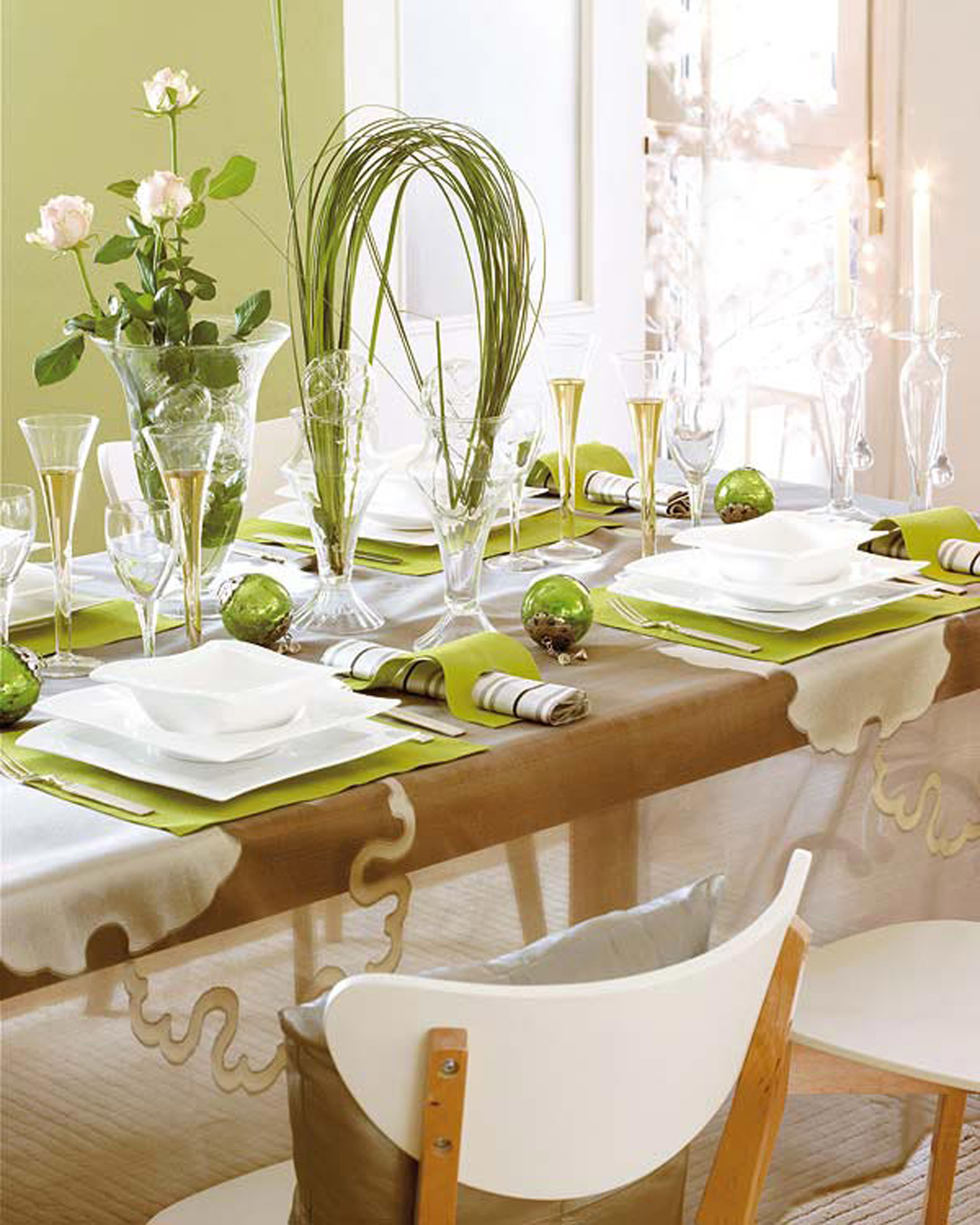 Dining Room Table Decoration Ideas Dining Room Christmas Decorating Ideas - Iroonie.com