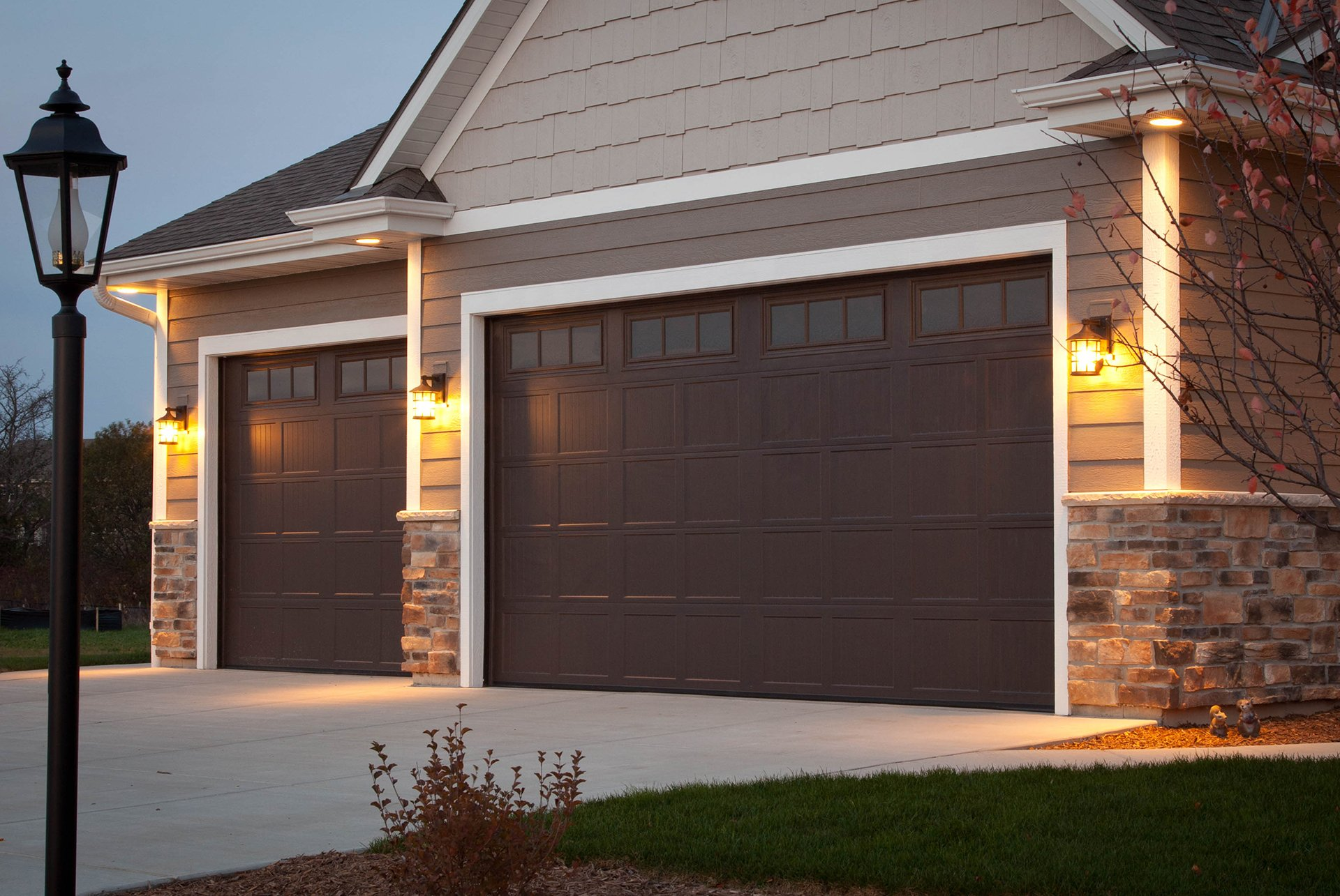 Maple Garage Doors For Homeowners
