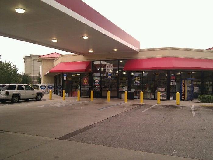 GATE Gas Station - 1001 Monument Rd Jacksonville FL 32225