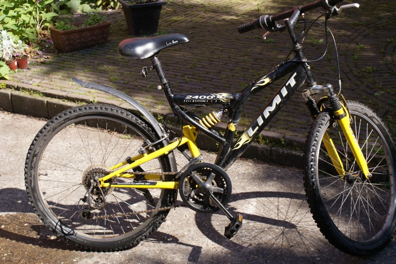 Mountainbike 29 Inch Limit 2400 Fs - Mountainbike.nl