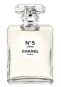 chanel-no-5-leau-bottle