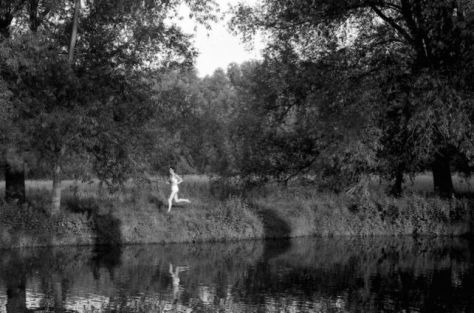 photo of naked man on the banks of the River Thames, Oxford by Paddy Summerfield