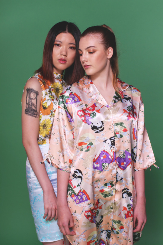 Isi Peters models with Emma Crompton 3
