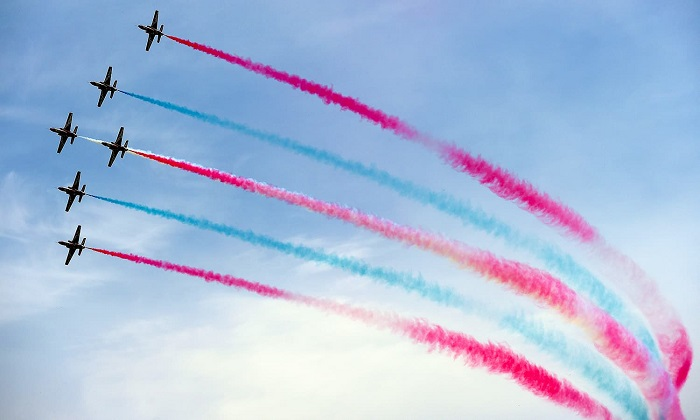Aerobatic performance from PAF's Sherdils