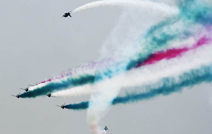 Beautiful performance of aerobatics team during 70th Independence Day