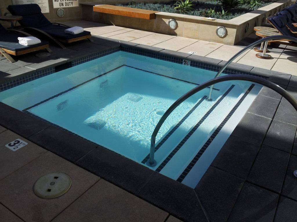Jacuzzi In Pool Pool Spa And Hot Tub Gallery Island Construction San Diego