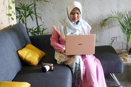 acer swift pink