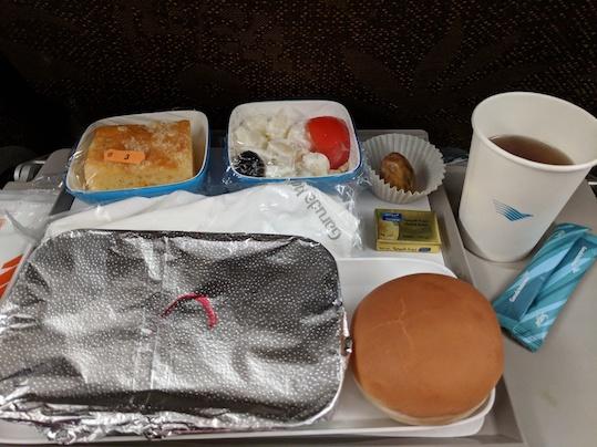 makanan di pesawat garuda
