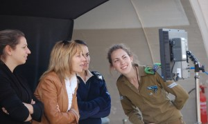 Nancy-Spielberg-and-soldiers