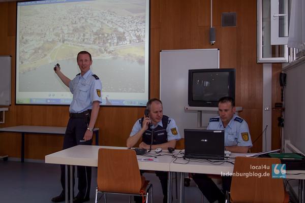 Lagezentrum der Polizei in Ladenburg.
