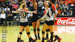 Women's volleyball defeated both the Montana State Bobcats and the Weber State Wildcats 3-0 at home.