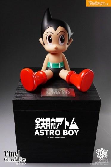 ZC World: Astro Boy 60TH Anniversary Vinyl Collectables