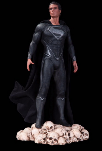 SDCC_DC_Collectibles_MOS_Variant__scaled_350