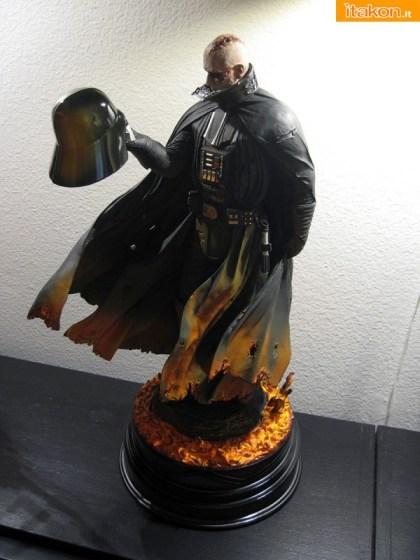 Darh Vader statue di Sideshow (1)