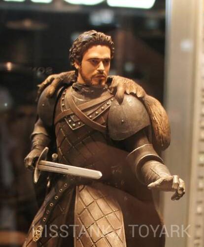 Toy-Fair-2014-Dark-Horse-Game-of-Thrones-thumb