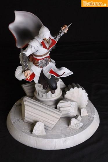 Ezio_Statue_Screen_8