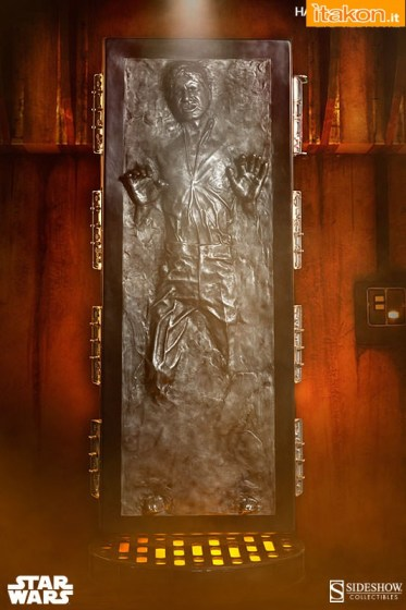 Han Solo in Carbonite Life Size (2)
