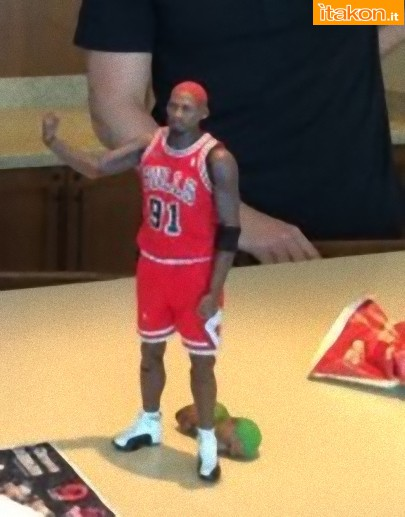 Enterbay: Dennis Rodman 1/6 Real Masterpiece NBA - Foto Teaser