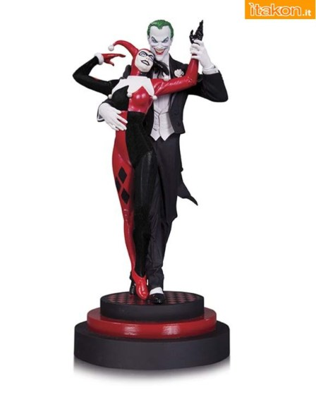 The-Joker-and-Harley-Quinn-Statue