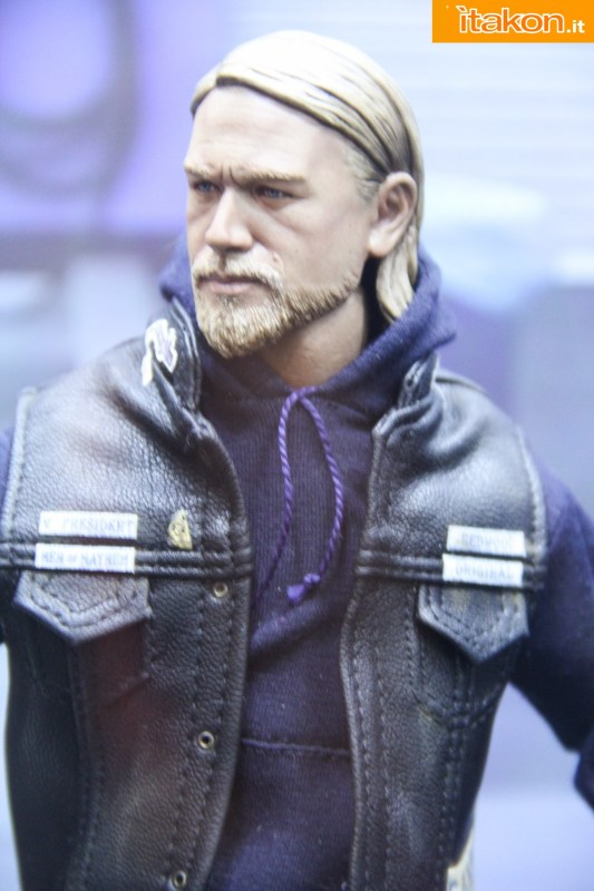[Pop Culture Shock] Sons of Anarchy: Jax Teller - 1/6 scale Sdcc2014-pop-culture-shock-booth-20