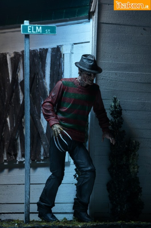 [NECA] A Nightmare On Elm Street: Freddy Krueger (30th Anniversary Ultimate ver.) NECA-Ultimate-Freddy-014