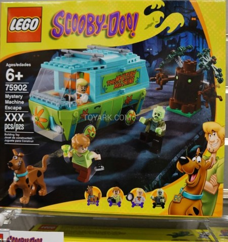 Toy-Fair-2015-LEGO-Scooby-019