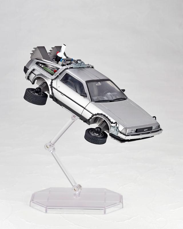 DeLorean Movie REVO - Back to the Future - Kaiyodo preorder 08