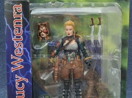 Universal-Monsters-DST-Lucy-Westerna-001