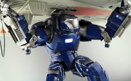 comicave-igor-iron-man-figure-thumb
