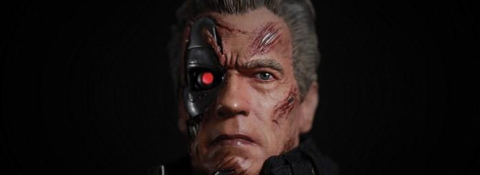 Terminator-Genisys-Guardian-T-800-Statue-003