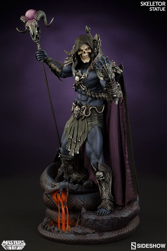 masters-of-the-universe-skeletor-statue-200460-03