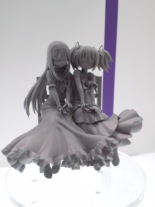 Homura Akemi & Madoka Kaname da ''Puella Magi Madoka Magica''