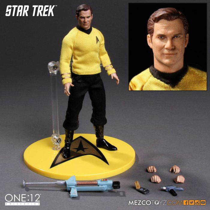 Mezco-Star-Trek-One12-Captain-Kirk-010