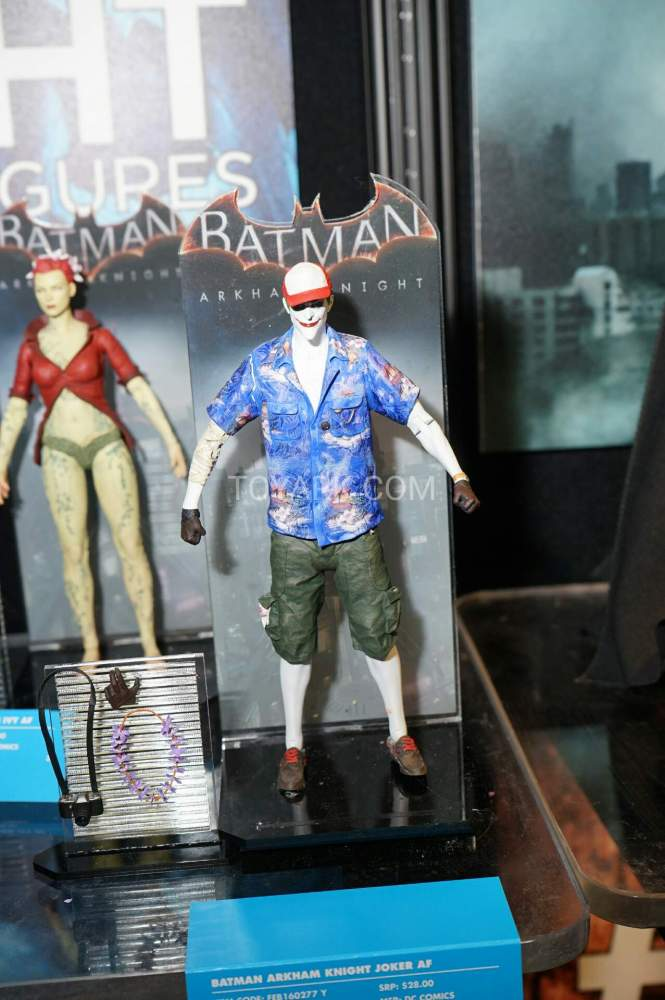 TF-2016-DC-Collectibles-Arkham-007