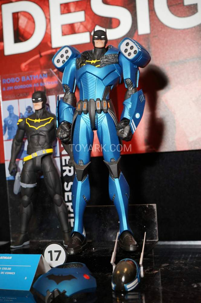 TF-2016-DC-Collectibles-Capullo-Designer-003