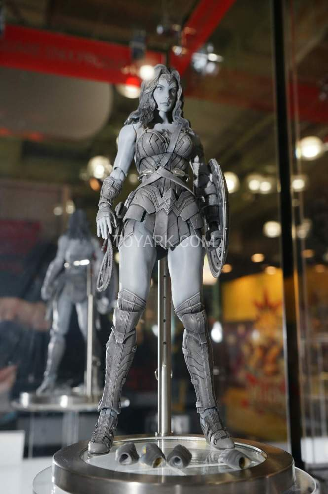 TF-2016-Play-Arts-Kai-DC-014