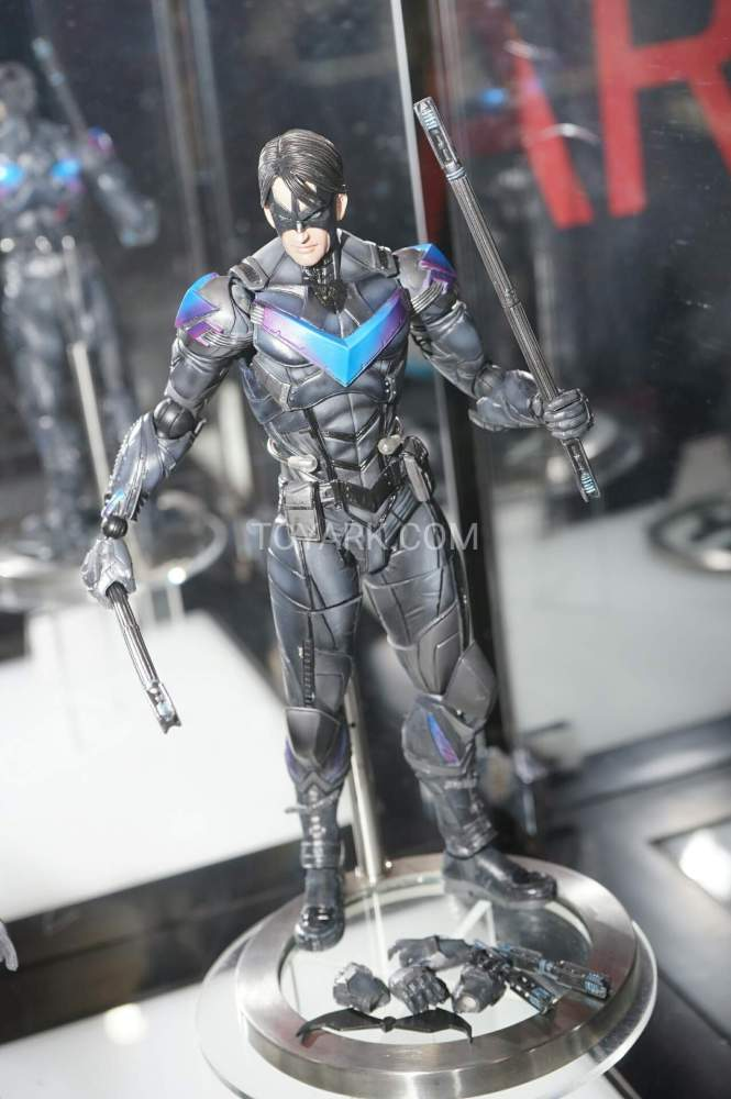 TF-2016-Play-Arts-Kai-DC-032