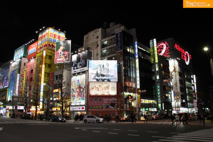 japan-tour-2016-akihabara-51
