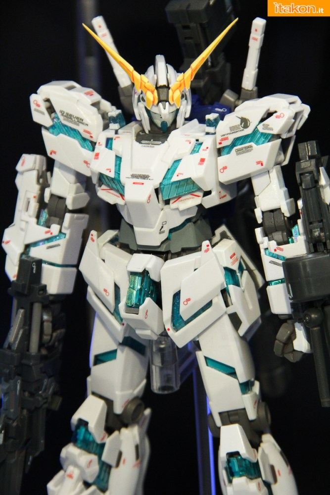 tamashii-akiba-showroom-2016-robot-30