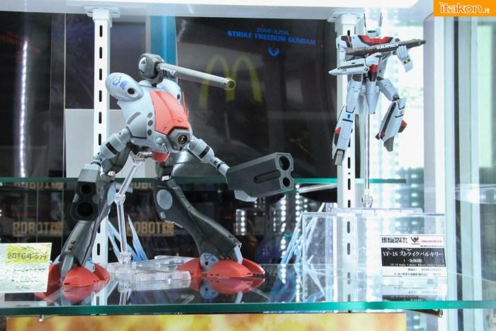 tamashii-akiba-showroom-2016-robot-4