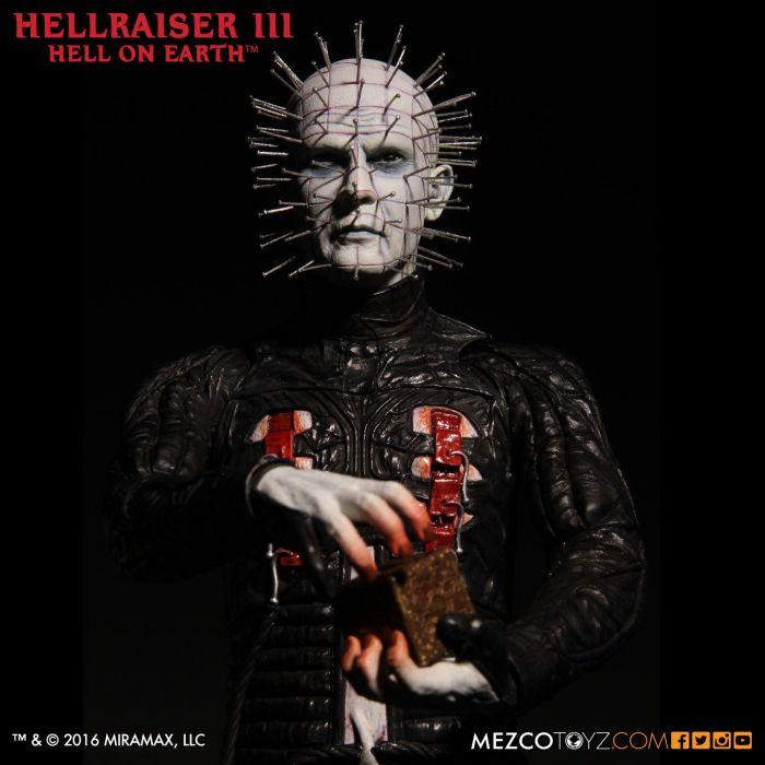 Mezco-Hellraisr-3-Pinhead-005