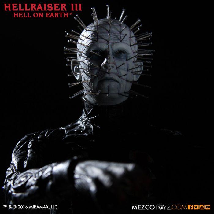 Mezco-Hellraisr-3-Pinhead-007