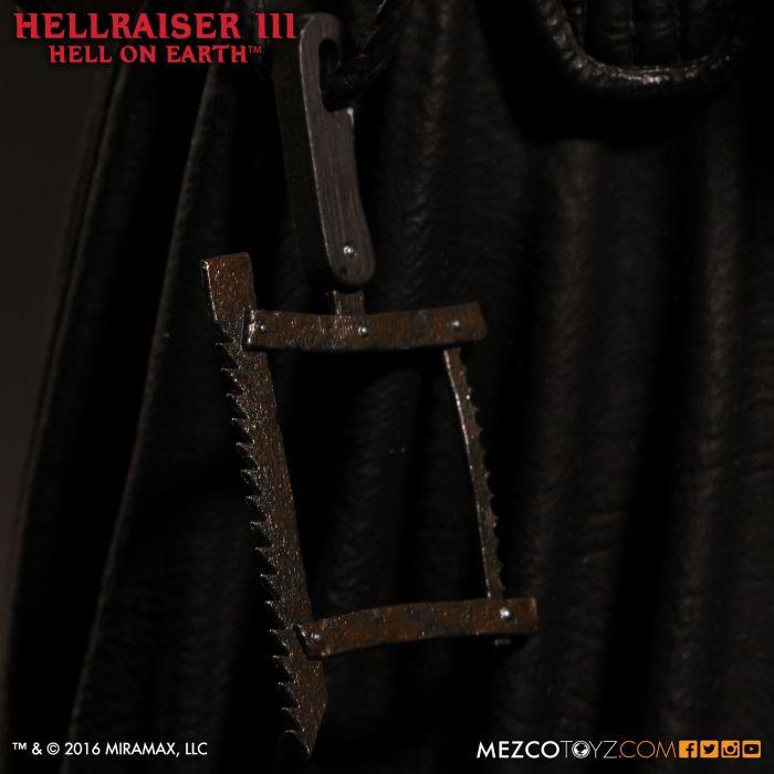 Mezco-Hellraisr-3-Pinhead-010