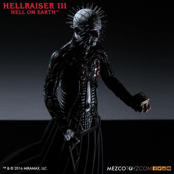 Mezco-Hellraisr-3-Pinhead-012