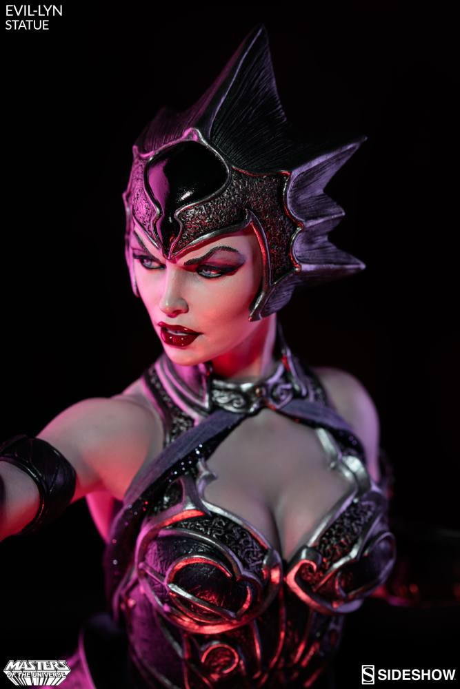 masters-of-the-universe-evil-lyn-statue-200461-11