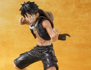 Monkey D Luffy - One Piece Gold - Bandai Figuarts ZERO info 20
