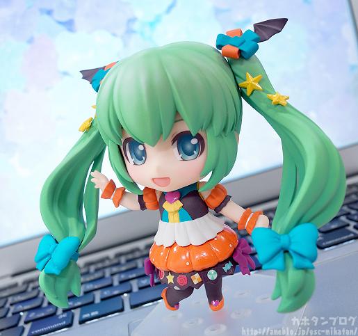 Miku Pumpkin Co-de GSC Nendoroid pics 04