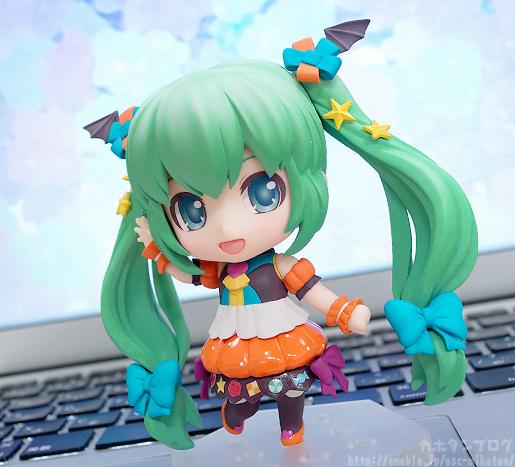 Miku Pumpkin Co-de GSC Nendoroid pics 08